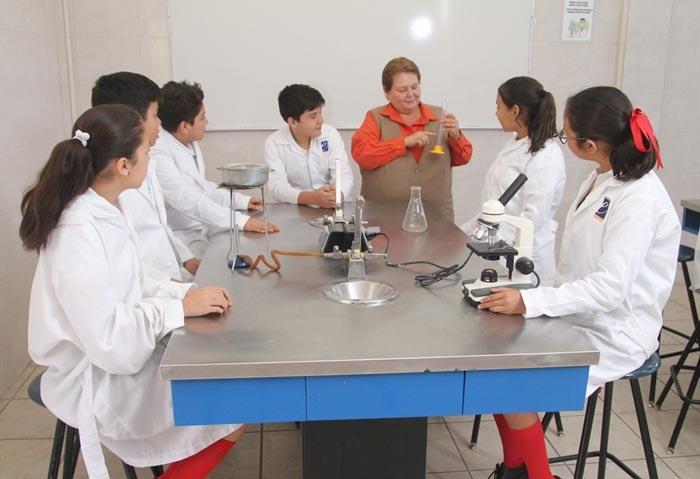 laboratorio_colegio_excelencia_img_1